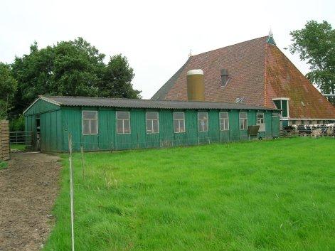 Oude barak in Harich (16)